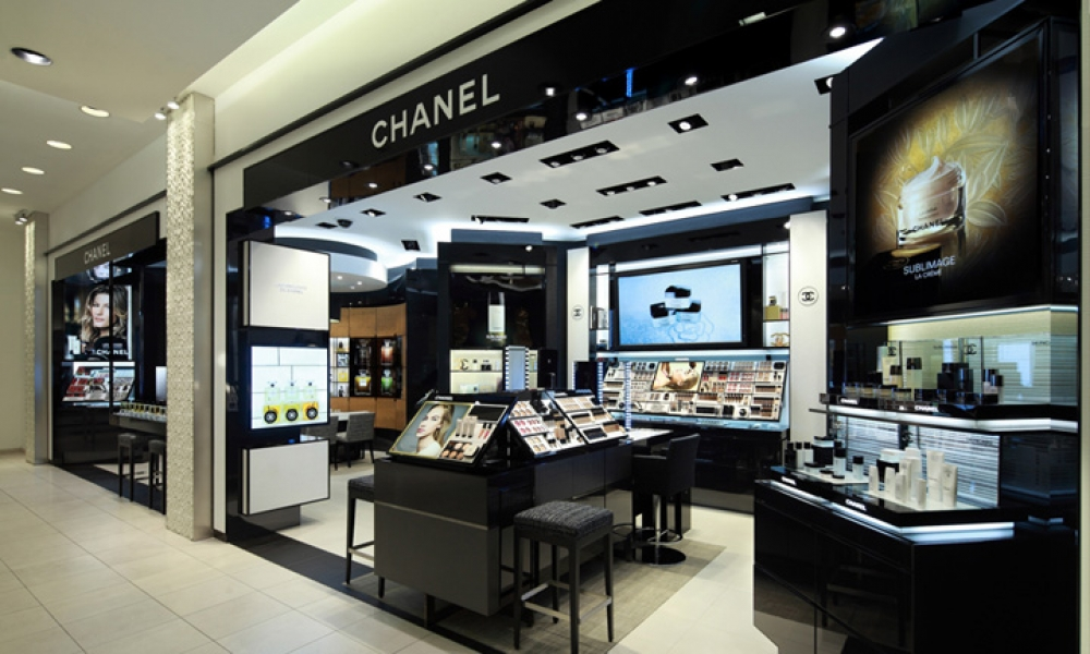 Black Wooden Chanel Cosmetics Store Design