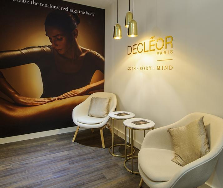 DECLEOR PARIS beauty salon shop waiting area