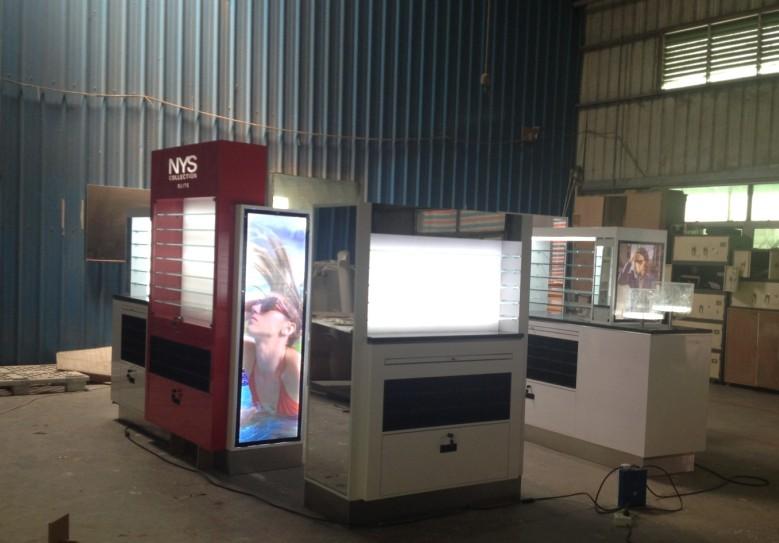 NYS-EYEWEAR-MALL-KIOSK-manufacture-photo