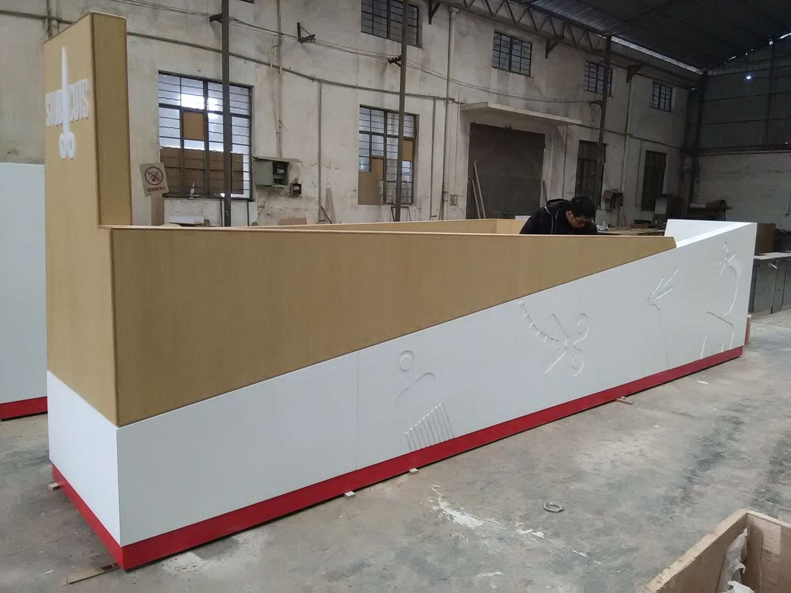 no lit carving logo corian display counter for hair salon