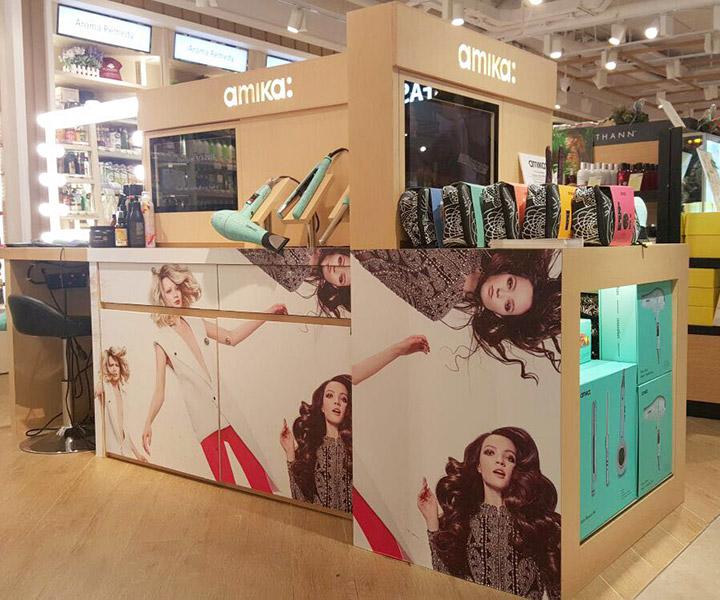 amika hair bar mini kiosk